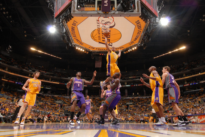 17013c8b9affa345842790986a9ed348-getty-98859827ab073_suns_lakers