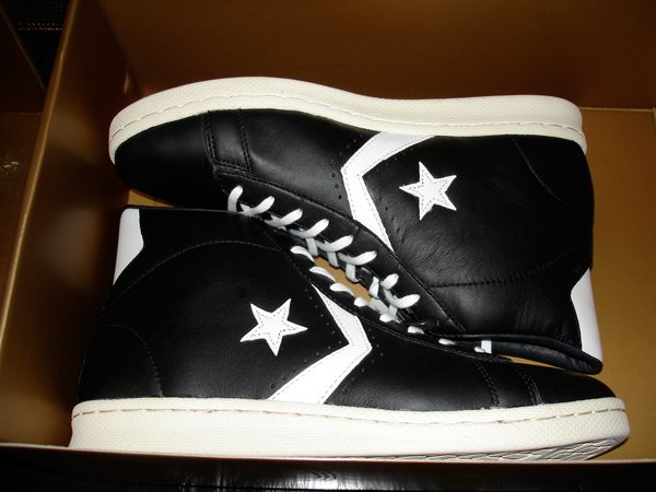 3b6f700bda69 The Association  Converse Pro Leather 1976  Kickin  It Old School