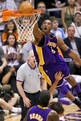 Captpnu11604270542lakers_suns_basketball