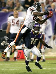 Fullgetty71465289dp009_chicago_bears_4_5